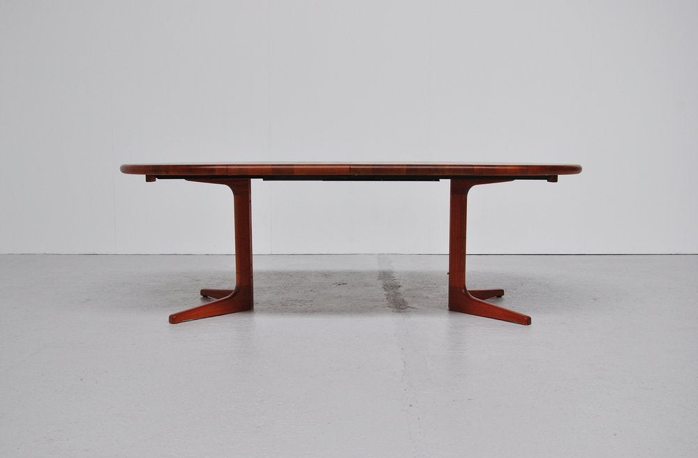 Glostrup Danish Oval Dining Table Teak 2 Extension Leaves  : 933013497712561 from www.1stdibs.com size 1000 x 657 jpeg 37kB