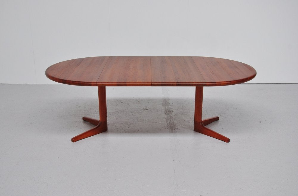 Glostrup Danish Oval Dining Table Teak 2 Extension Leaves  : 933013497712565 from www.1stdibs.com size 1000 x 660 jpeg 48kB