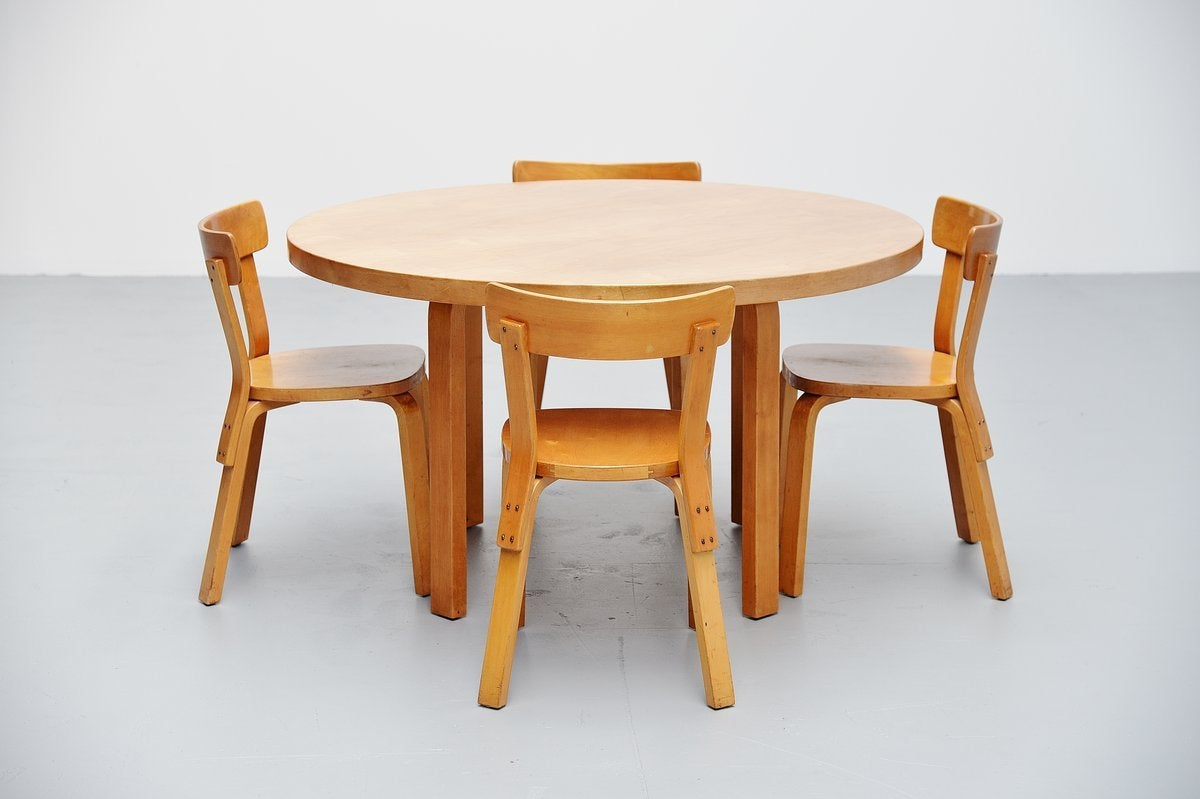 Superior Alvar Aalto Dining Table Set With Chairs For Artek, 1950 2
