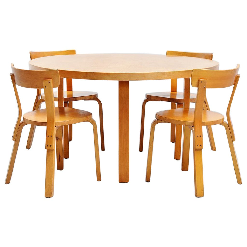 alvar aalto dining table set with chairs for artek 1950 at 1stdibs. Black Bedroom Furniture Sets. Home Design Ideas