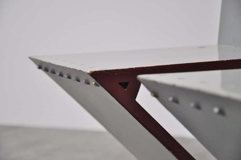 Painted Gerrit Rietveld Zig Zag chair pair G.A. v.d. Groenekan 1961 For Sale