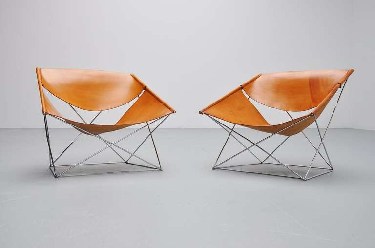 pierre paulin f675 pair of butterfly chairs for artifort 1963 at