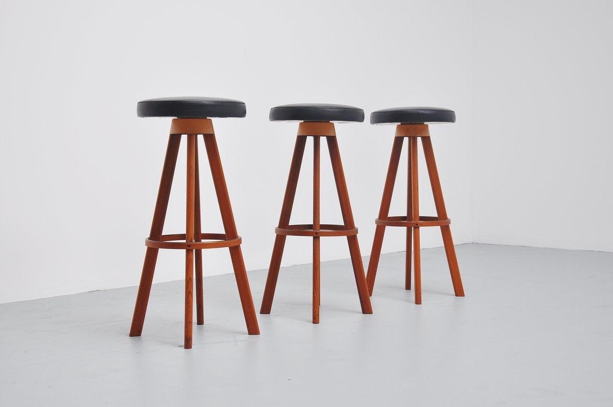 Hans Olsen bar stools for Frem Rojle Denmark 1960 3