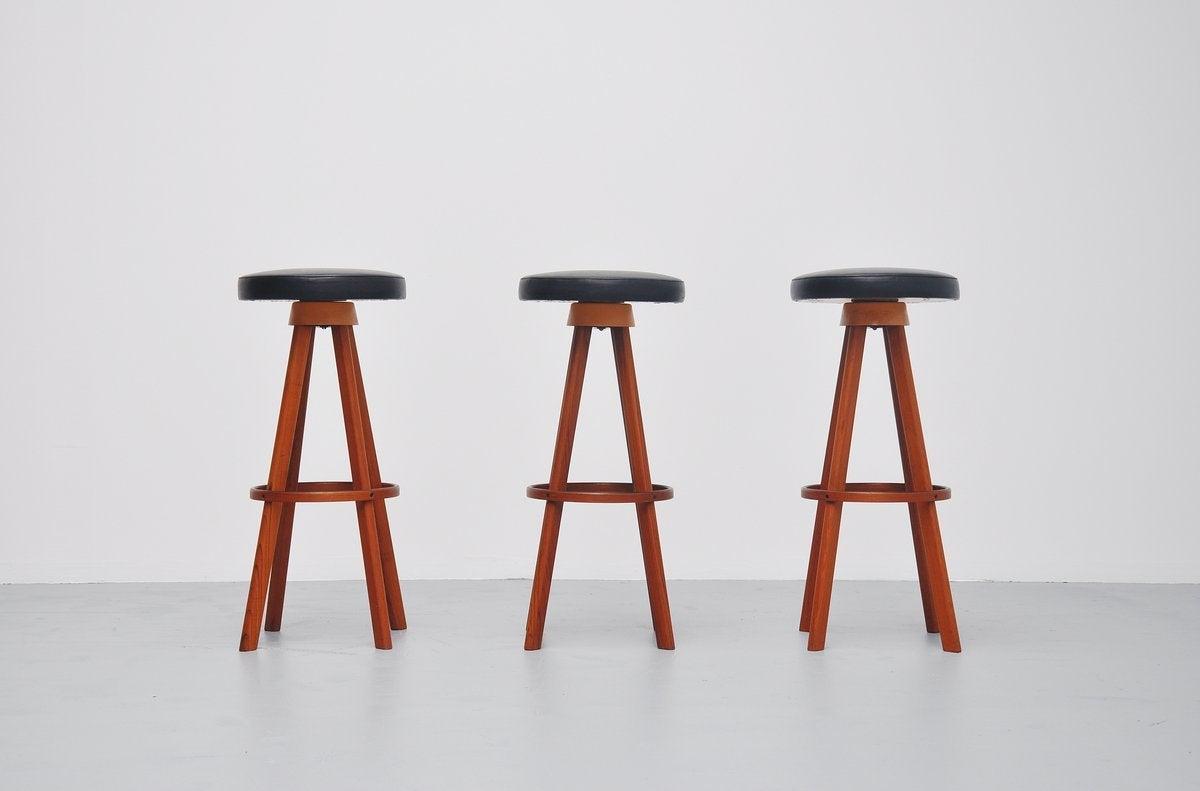 Hans Olsen bar stools for Frem Rojle Denmark 1960 2