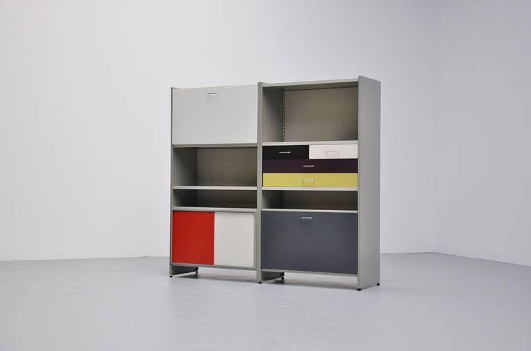 Very nice double cabinet, from the famous 5600 modular series cabinet designed by Andre Cordemeijer for Gispen Culemborg 1962. This modular system was very much improved after the 663 series from Rietveld which was only modular in width. This very