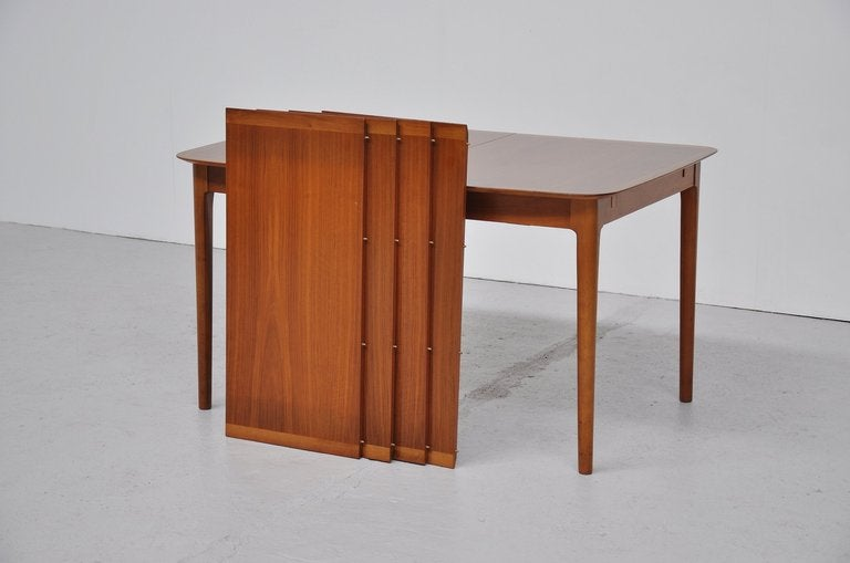 Walnut Dining Table Extendable With 4 Extension Leaves