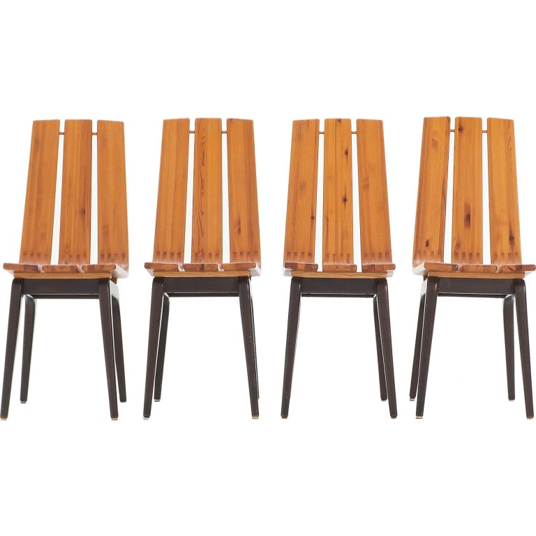set of 4 dining room chairs in pine and beech probably