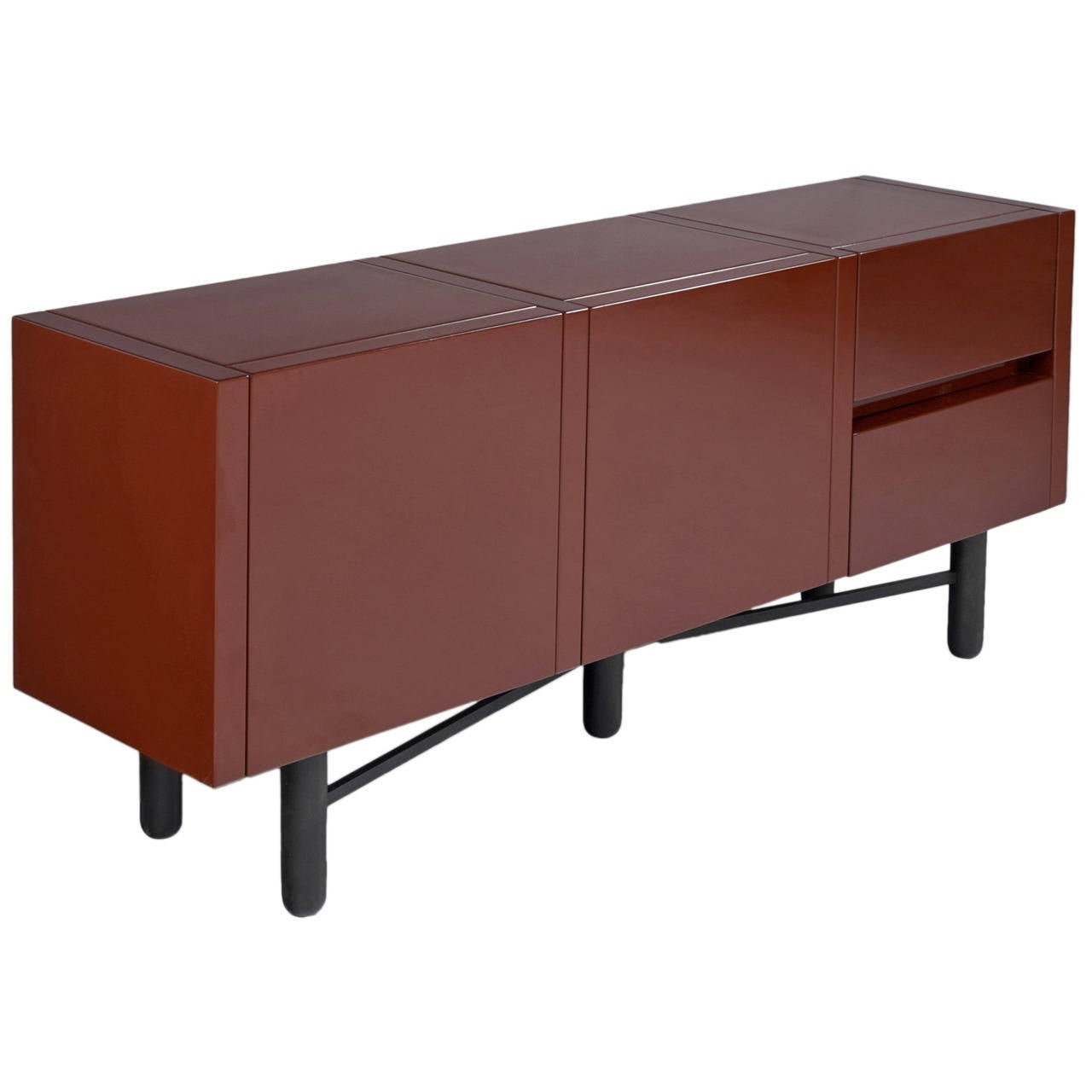 roche bobois red lacquered high gloss sideboard for sale at 1stdibs. Black Bedroom Furniture Sets. Home Design Ideas