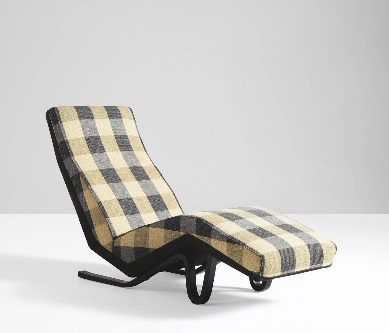 Chaise longue by andrew j milne at 1stdibs for Chaise longue london