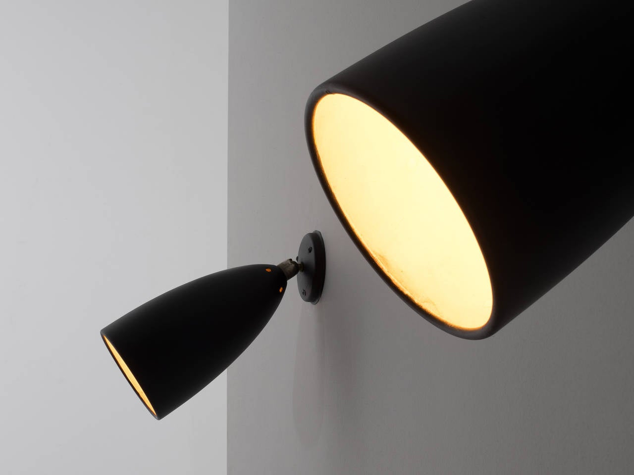 Wall Lights Adjustable : Adjustable Wall Lights For Sale at 1stdibs