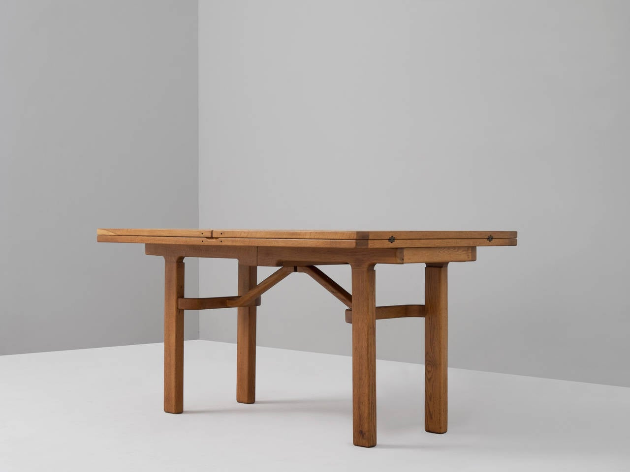 Guillerme et chambron dining table for sale at 1stdibs for G plan heritage dining room furniture