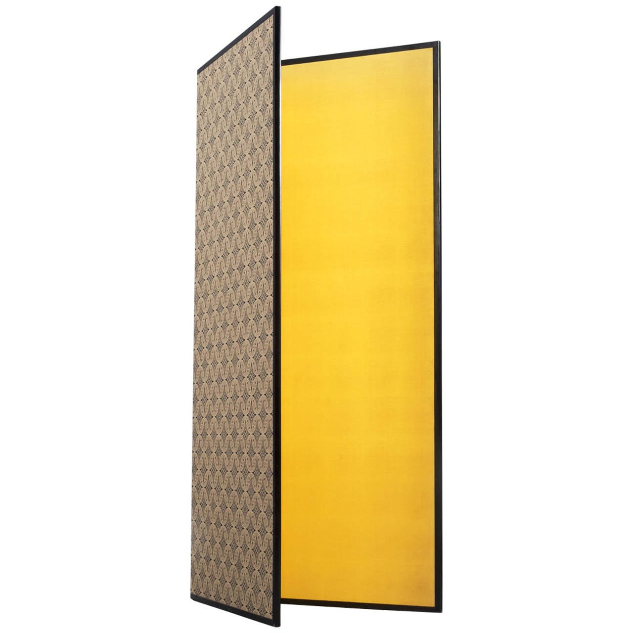 Gold leaf folding screen from French origin. The two panels are carefully decorated with a nice pattern and gold leaf. Real leaf imprint.  This compact paravent is very functional to use as decorative item and room divider as well.