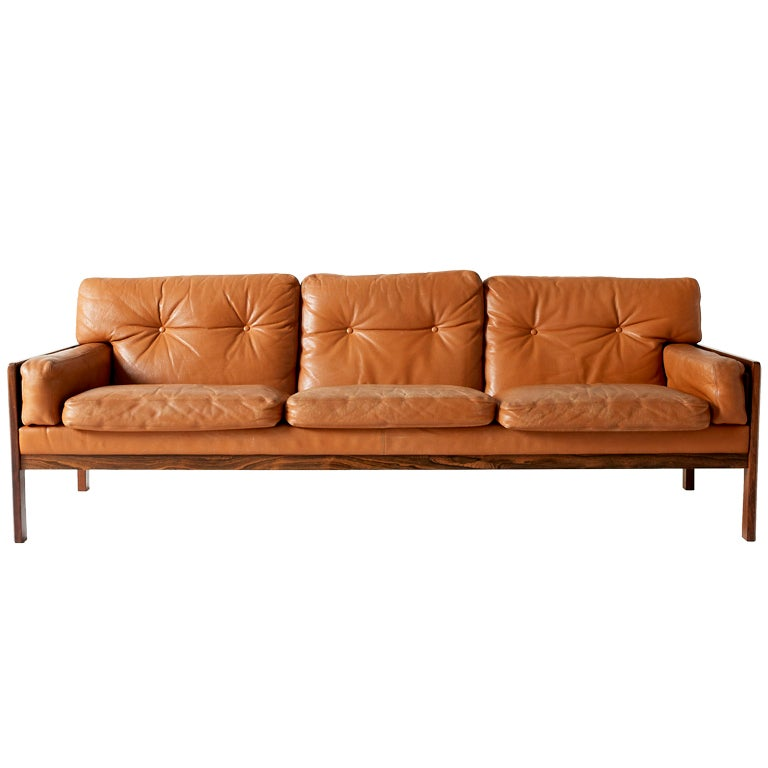 danish rosewood and cognac leather tufted sofa at 1stdibs. Black Bedroom Furniture Sets. Home Design Ideas
