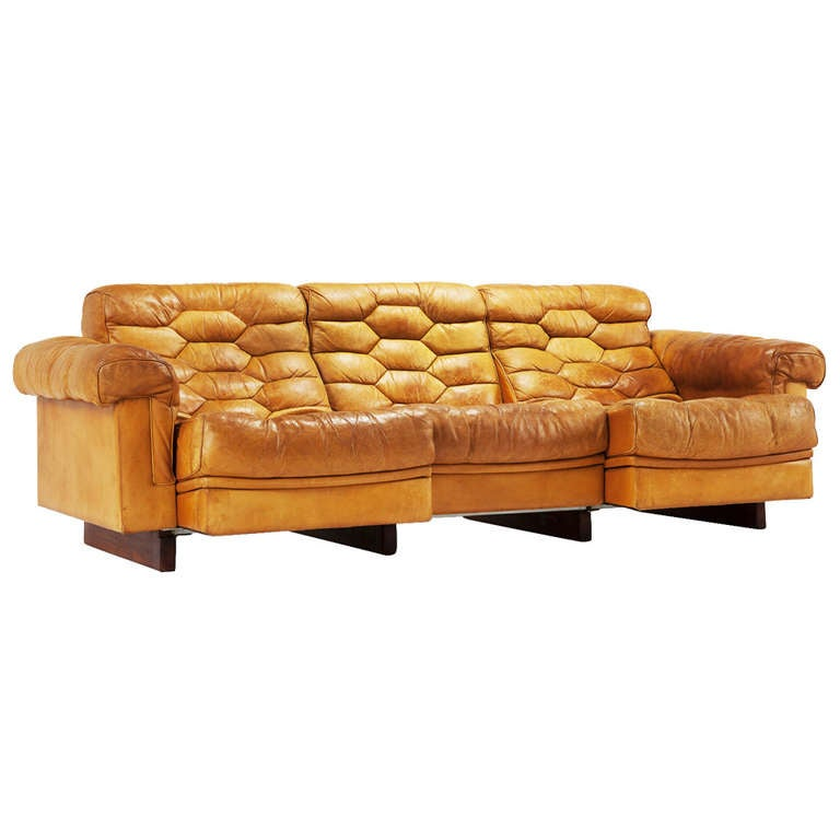 cognac leather de sede sofa with adjustable relax system. Black Bedroom Furniture Sets. Home Design Ideas