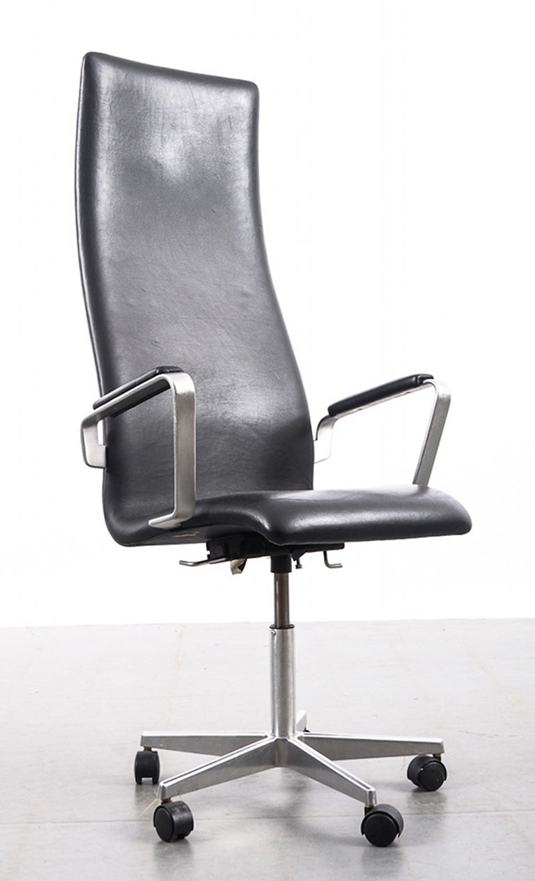 oxford office chair arne jacobsen at 1stdibs. Black Bedroom Furniture Sets. Home Design Ideas