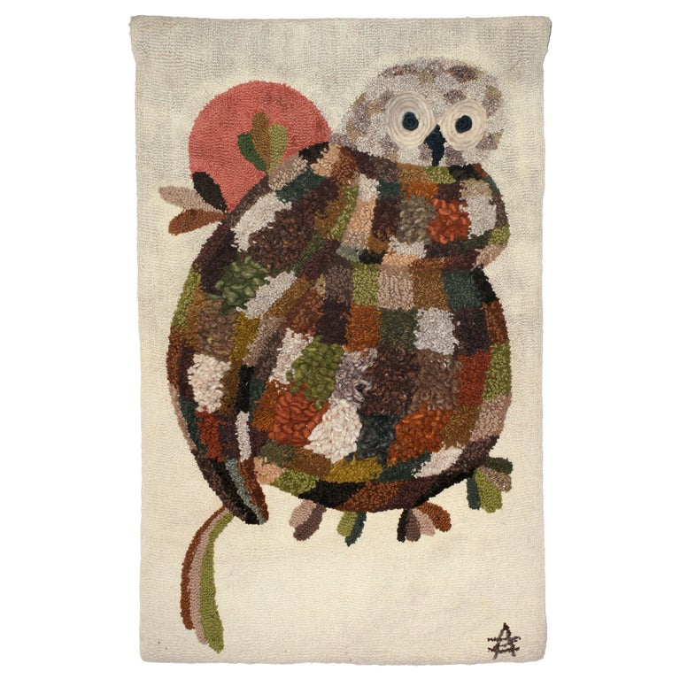 "A woolen ""owl"" wall carpet For Sale"