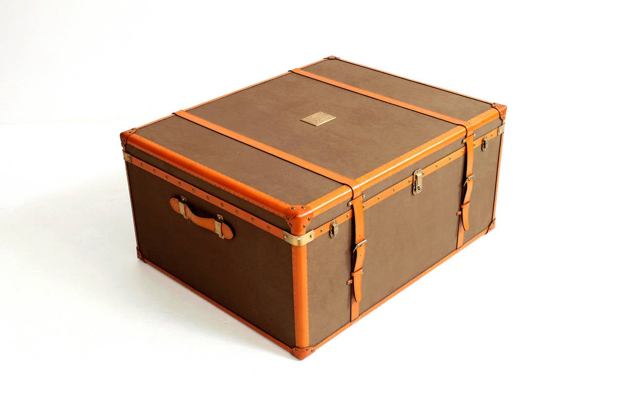 Rare ralph lauren leather trunk or coffee table at 1stdibs rare ralph lauren leather trunk or coffee table 2 geotapseo Gallery