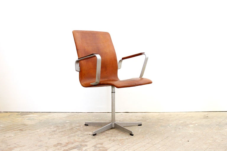 Desk Chair By Arne Jacobsen At 1stdibs
