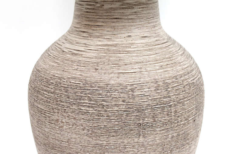 Large-Scale Ceramic Table Lamp by Design Technics In Excellent Condition For Sale In Belmont, MA