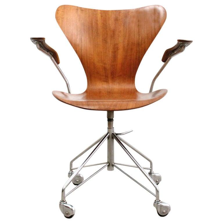 Teak Sevener Office Chair By Arne Jacobsen At 1stdibs