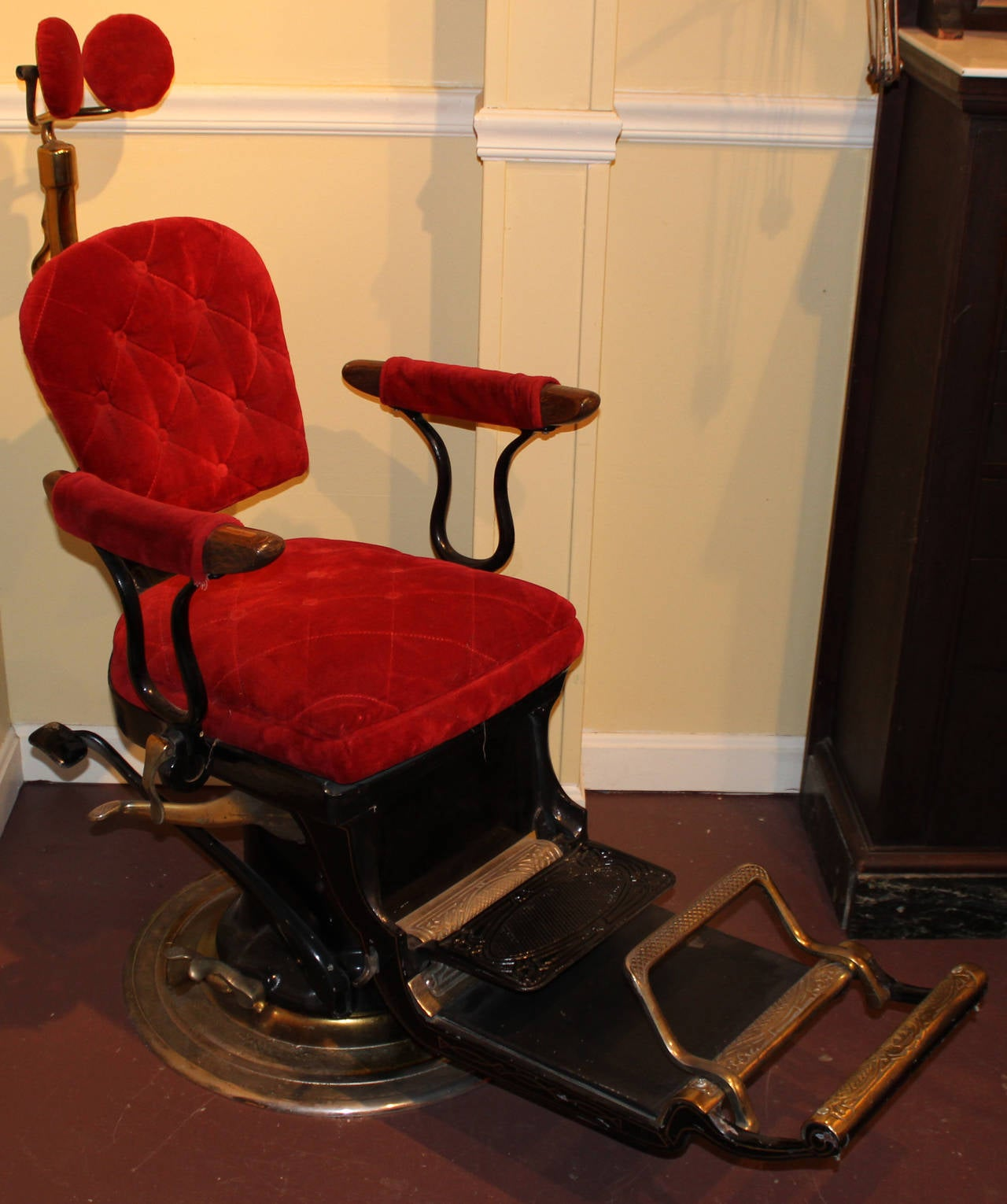 """This """"Imperial Columbia"""" dental chair was manufactured by Ritter Dental  Manufacturing Company, Rochester - Ritter Imperial Columbia Dental Or Dentist Chair, Circa 1905-1925"""