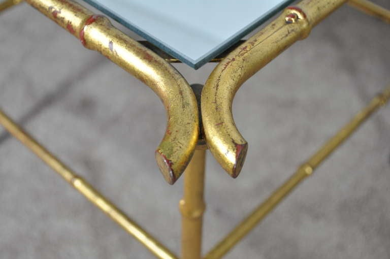 20th Century Pair of Italian Hollywood Regency Gold Faux Bamboo and Mirror End Tables Square For Sale