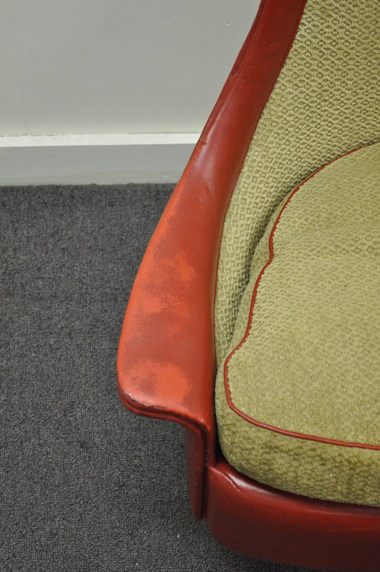 Petite Sculptural Milo Baughman Tear Drop Swivel and Tilt Slipper or Club Chair For Sale 1