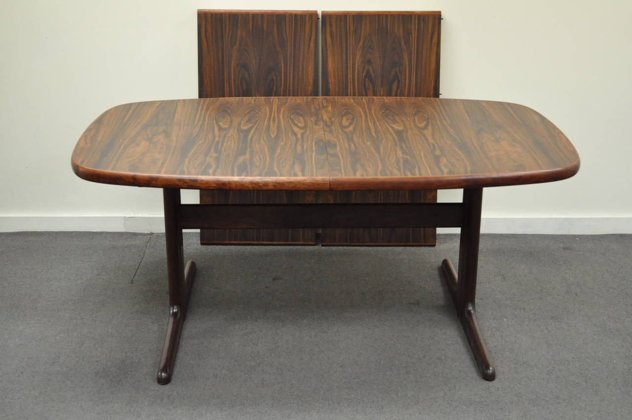 Mid Century Danish Modern Rosewood Dining Table with Two Leaves by