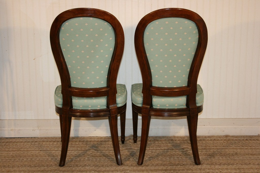 6 Henredon FrenchRegency Style Mahogany Dining Chairs at  : 934113497046195 from www.1stdibs.com size 1024 x 681 jpeg 113kB