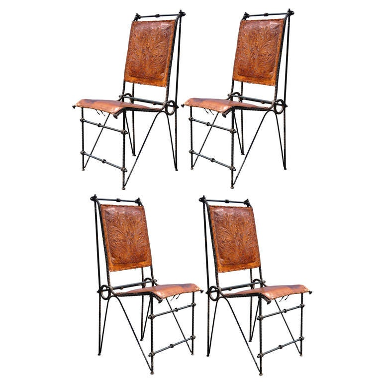 Set 4 Iron & Tooled Leather Brutalist Dining Chairs Attributed after Ilana Goor For Sale