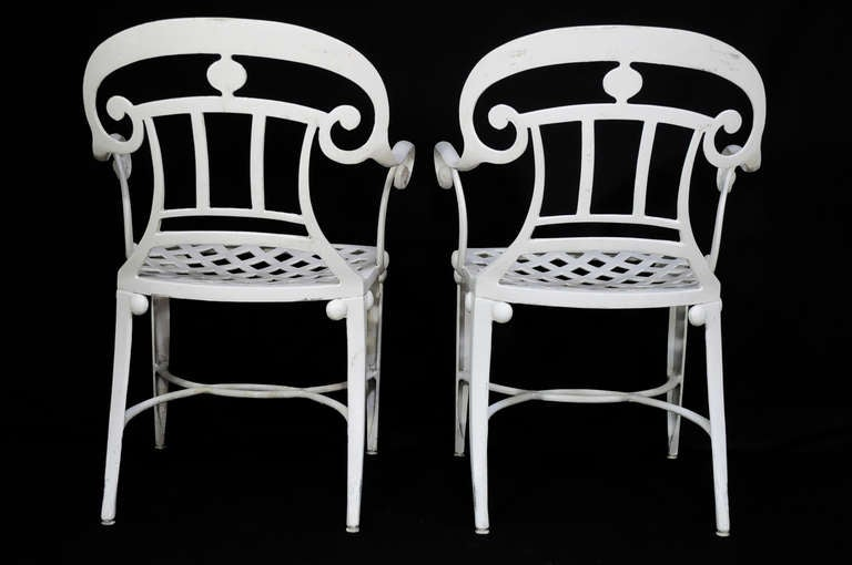 14 Tavern on the Green Neoclassical Klismos Cast Aluminum Dining Armchairs In Good Condition For Sale In Philadelphia, PA