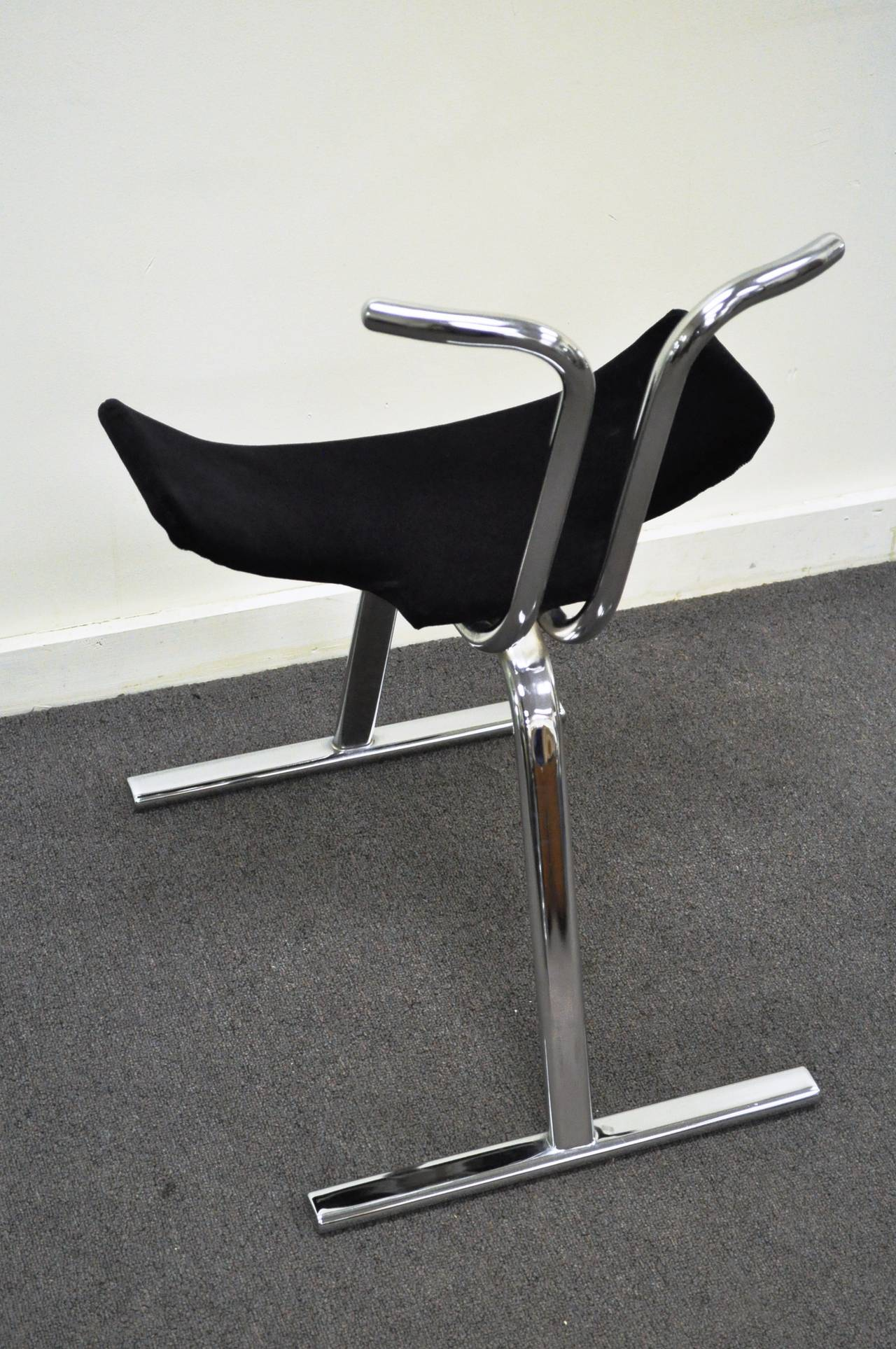 eight mid century modern chrome stacking dining side or game chairs