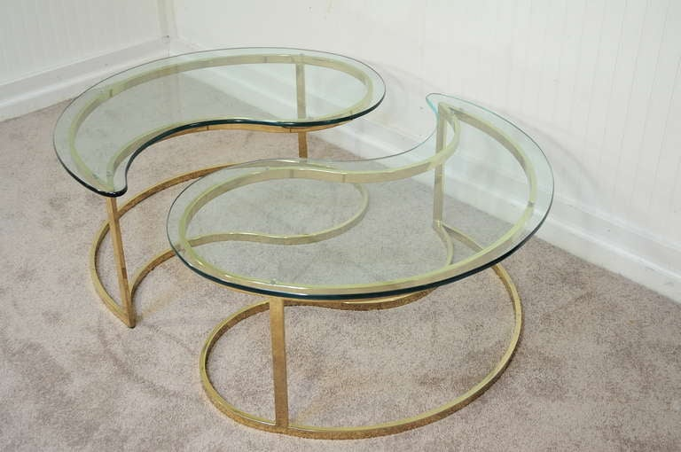 Pair Hollywood Regency Yin Yang Brass Plated End / Coffee Tables 3