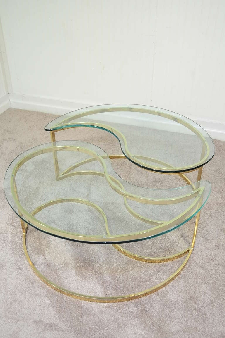 Pair Hollywood Regency Yin Yang Brass Plated End / Coffee Tables 2
