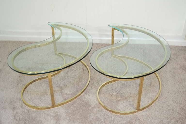 Pair Hollywood Regency Yin Yang Brass Plated End / Coffee Tables 4