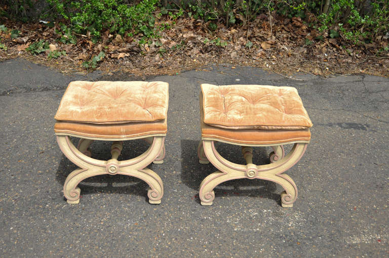 Pair of Italian Regency Style Curule X-Frame Benches Pink and Cream Stool For Sale 2