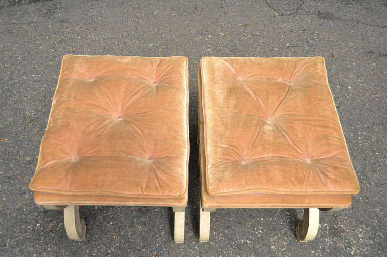 Wood Pair of Italian Regency Style Curule X-Frame Benches Pink and Cream Stool For Sale