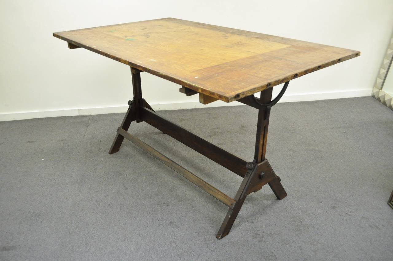 Large antique american industrial oak and cast iron for Cast iron dining table