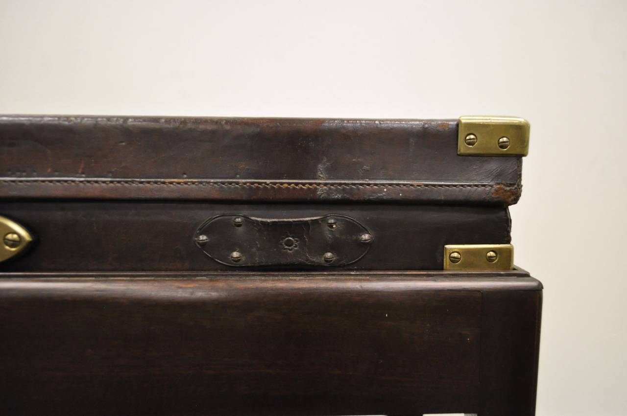 Brass English William Powell & Sons Leather Rifle Case on Custom Stand, circa 1900 For Sale