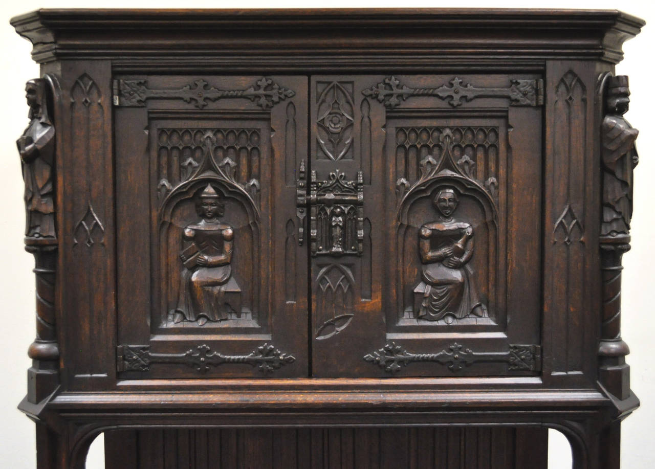 19th Century Belgian Carved Oak Dry Bar Cabinet Flemish