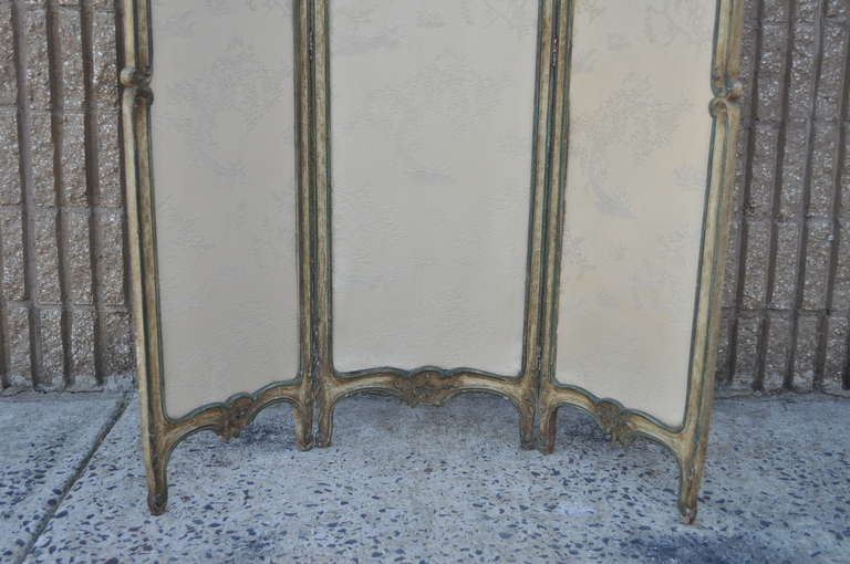 19th C. French Louis XV Style Hand Painted & Carved Petite Small Dressing Screen For Sale 2