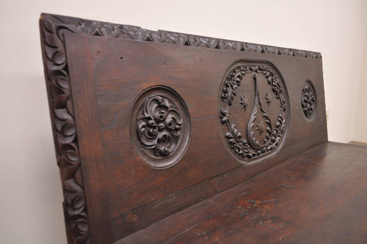 17th Century English Renaissance Carved Oak and Wrought Iron Bench Banquette In Distressed Condition For Sale In Philadelphia, PA