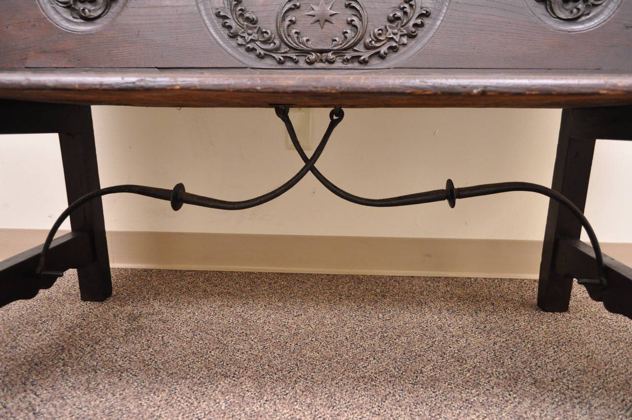 17th Century English Renaissance Carved Oak and Wrought Iron Bench Banquette For Sale 2