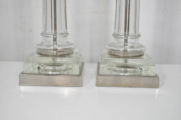 Glass Pair of Elegant Table Lamps Attributed to Paul Hanson For Sale