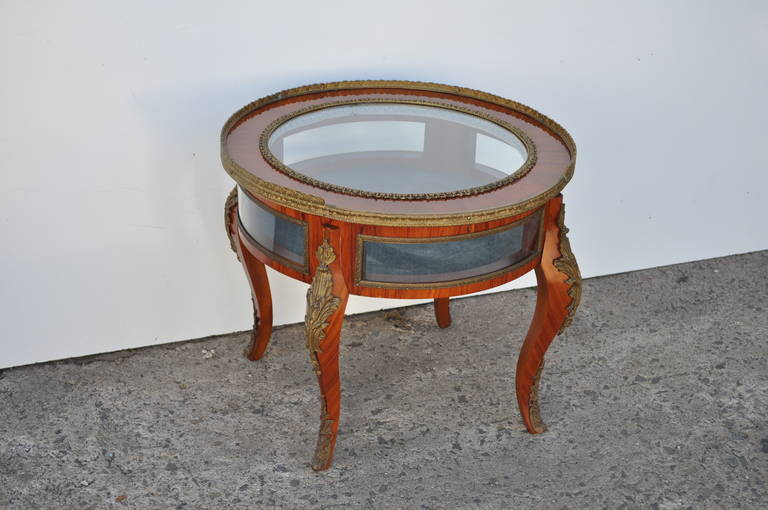 20th century french louis xv style bronze ormolu display case coffee table at 1stdibs. Black Bedroom Furniture Sets. Home Design Ideas
