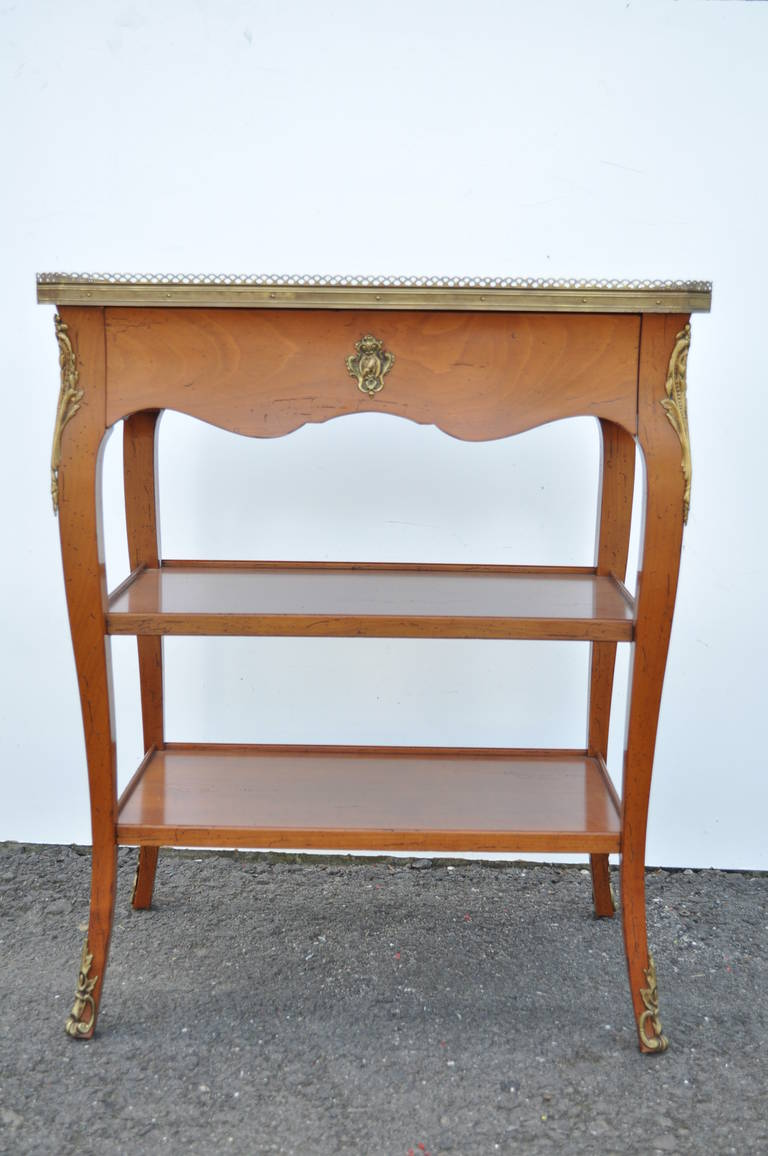 Quality French Louis XV Style One Drawer Lamp End Table with Bronze Ormolu For Sale 2