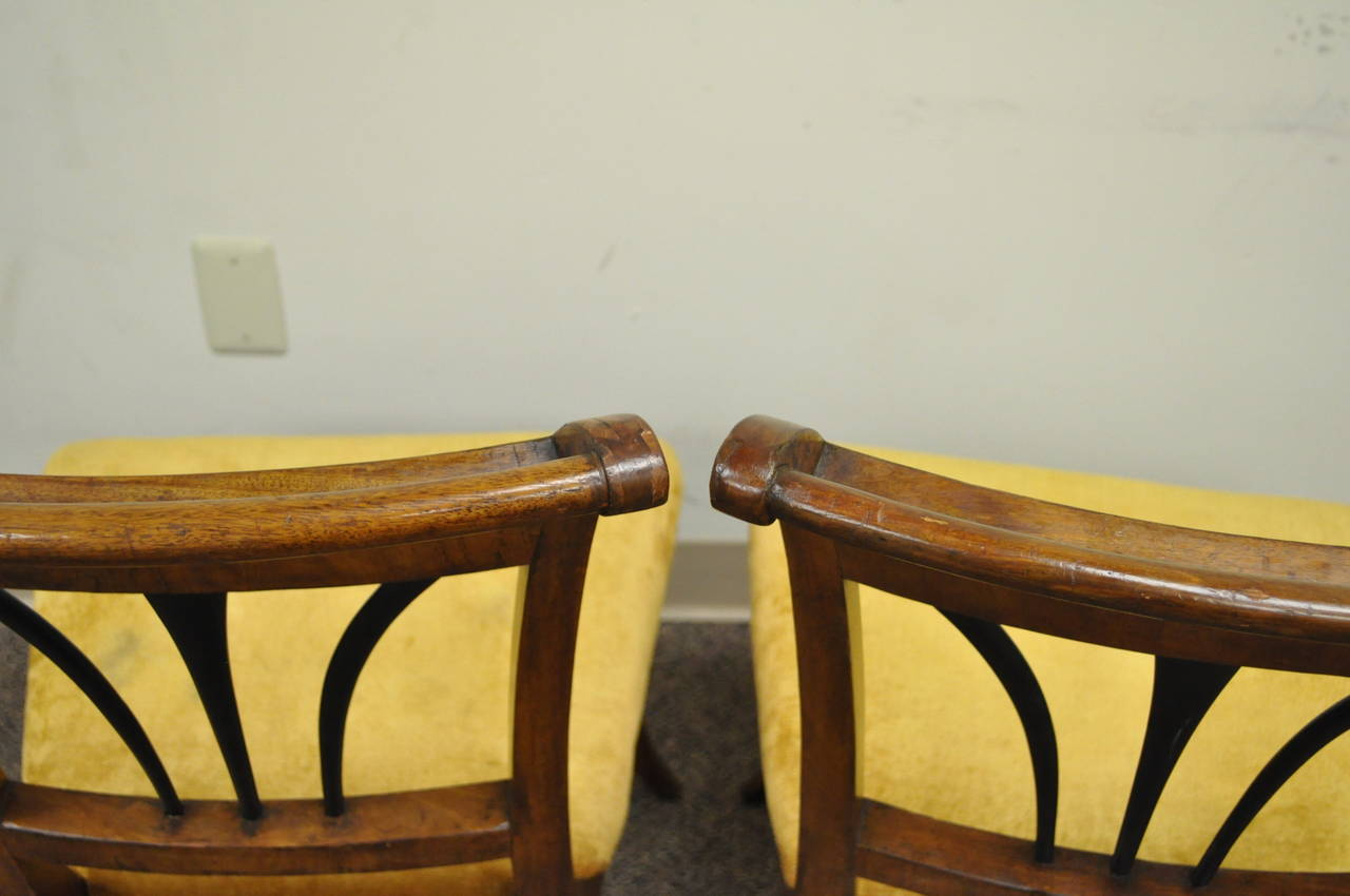 Pair of 19th C Biedermeier Ebonized & Burl Walnut Curule Base Side Accent Chairs In Good Condition For Sale In Philadelphia, PA