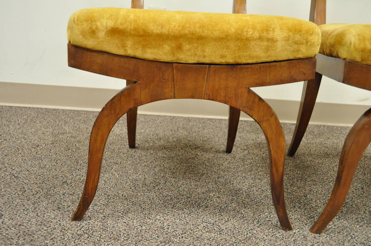 Veneer Pair of 19th C Biedermeier Ebonized & Burl Walnut Curule Base Side Accent Chairs For Sale