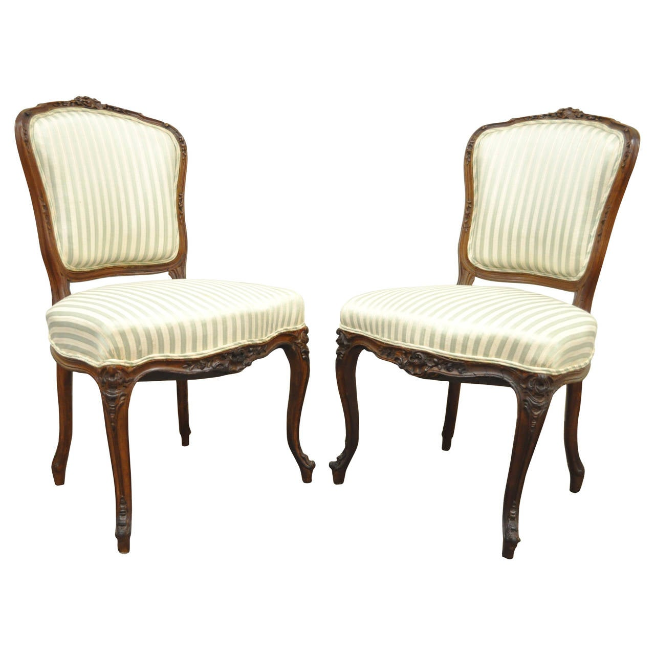 Louis xv dining chair - Pair Of 19th Century Carved Walnut French Louis Xv Style Side Chairs 1