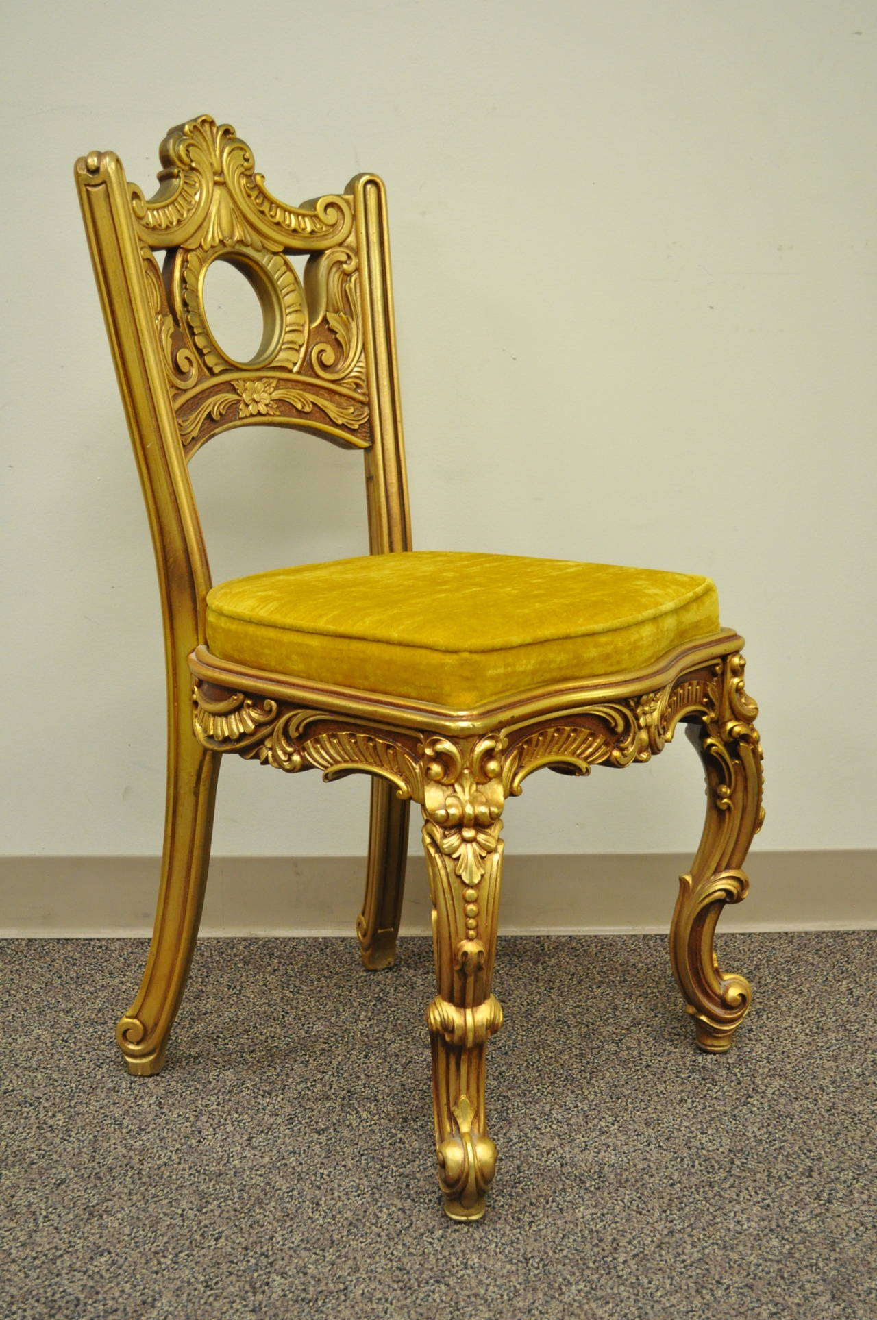 French baroque furniture - French Baroque Style Gold Gilt Vanity Or Desk With Chair Attr To Roma Furniture 3